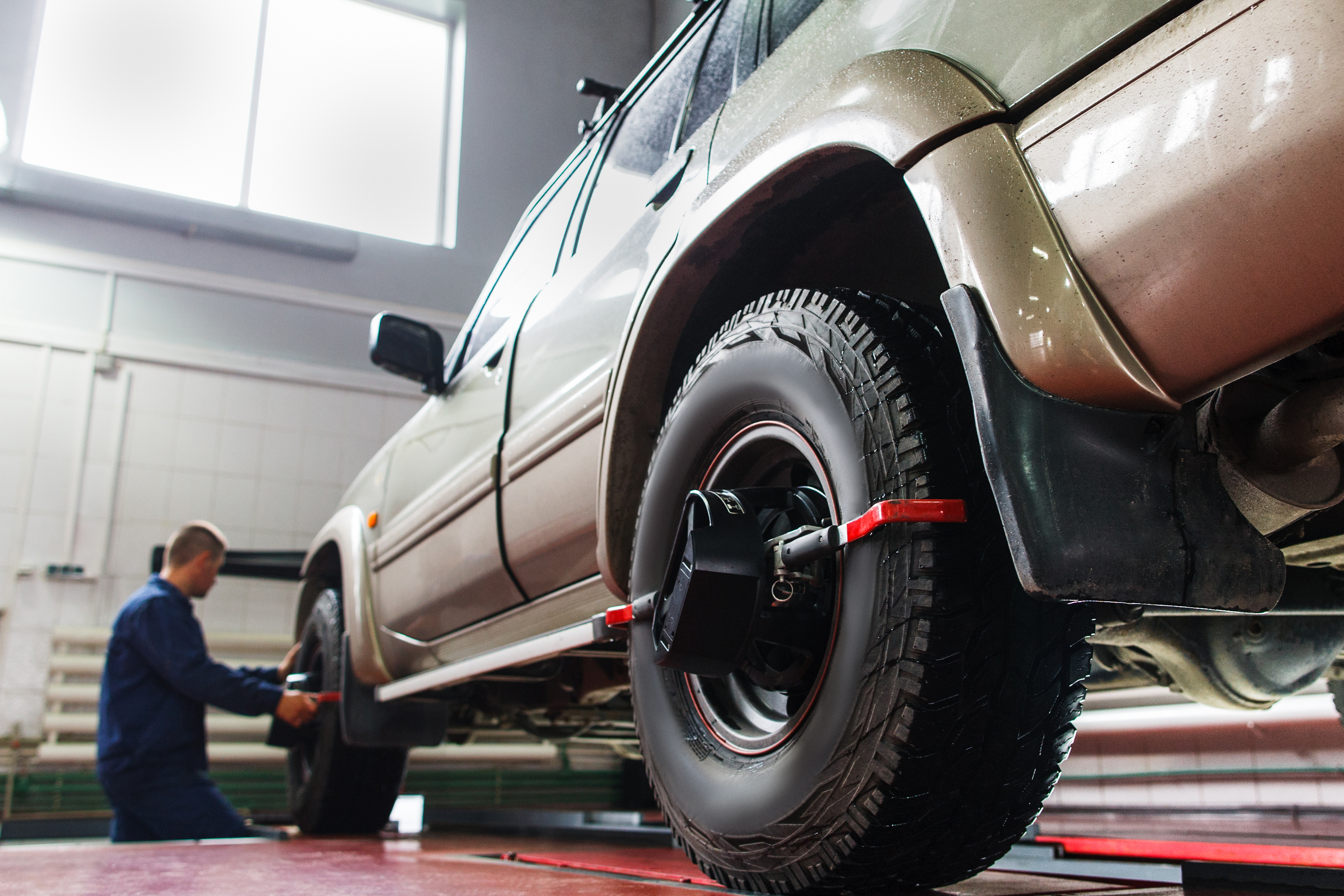 Is my Wheel Alignment off? 5 Signs Your Vehicle Needs a